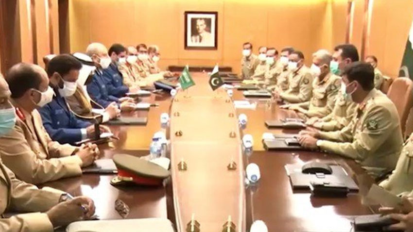 Rich result son google SERP when searching for 'Saudi Army chief meets Imran'